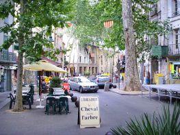 Céret,_France,_main_street_2