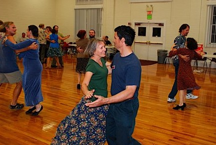 Contra dance, Gainesville FL April 2007