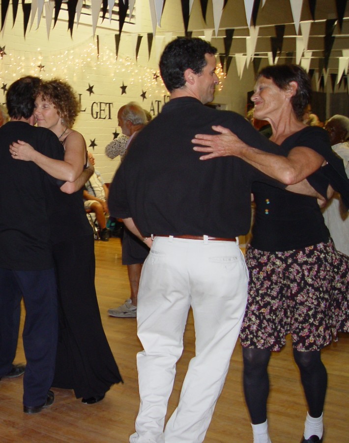 Dom at GODs contra dance5 0206